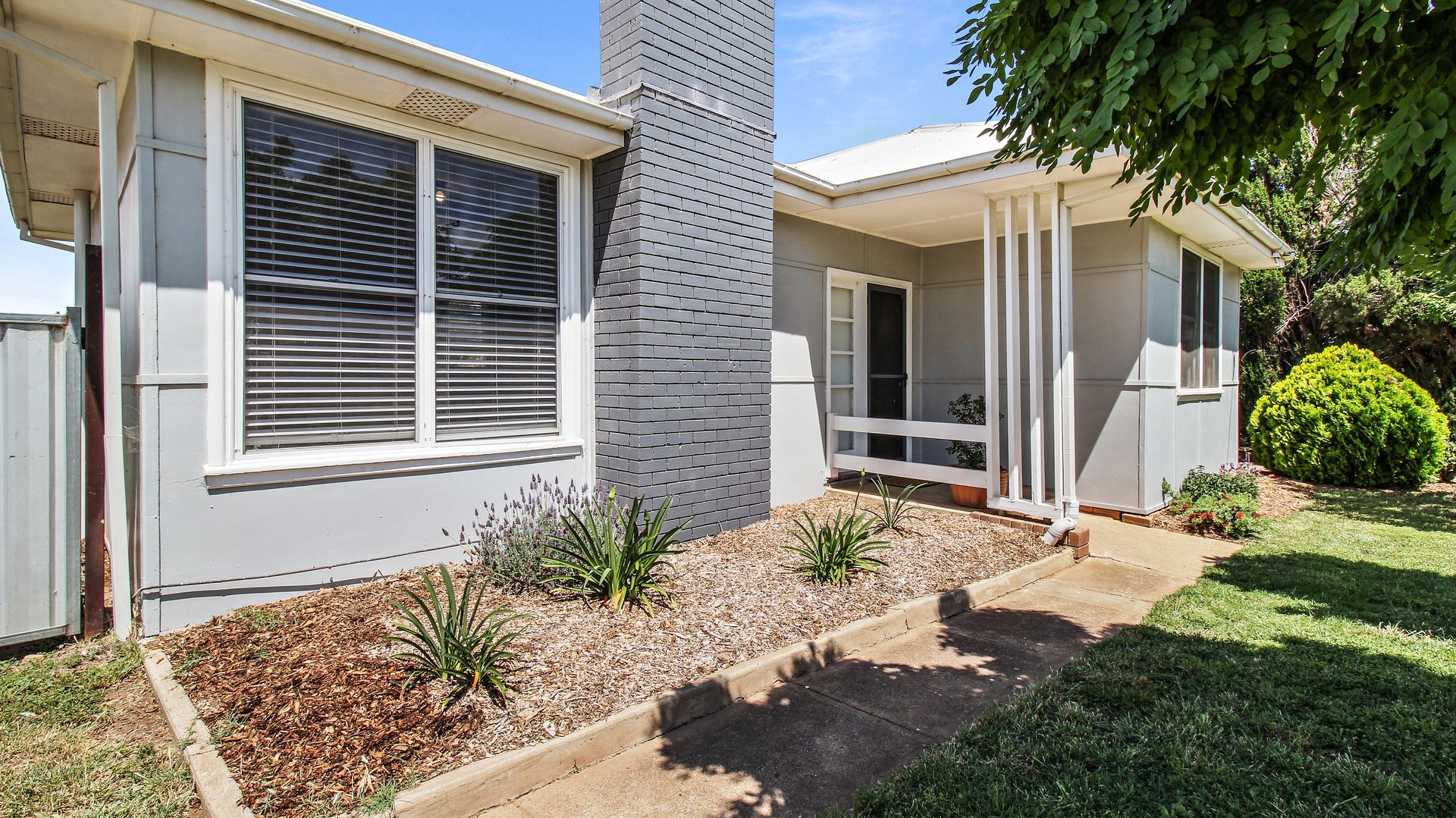 20 Patterson Street, Forbes NSW 2871, Image 0
