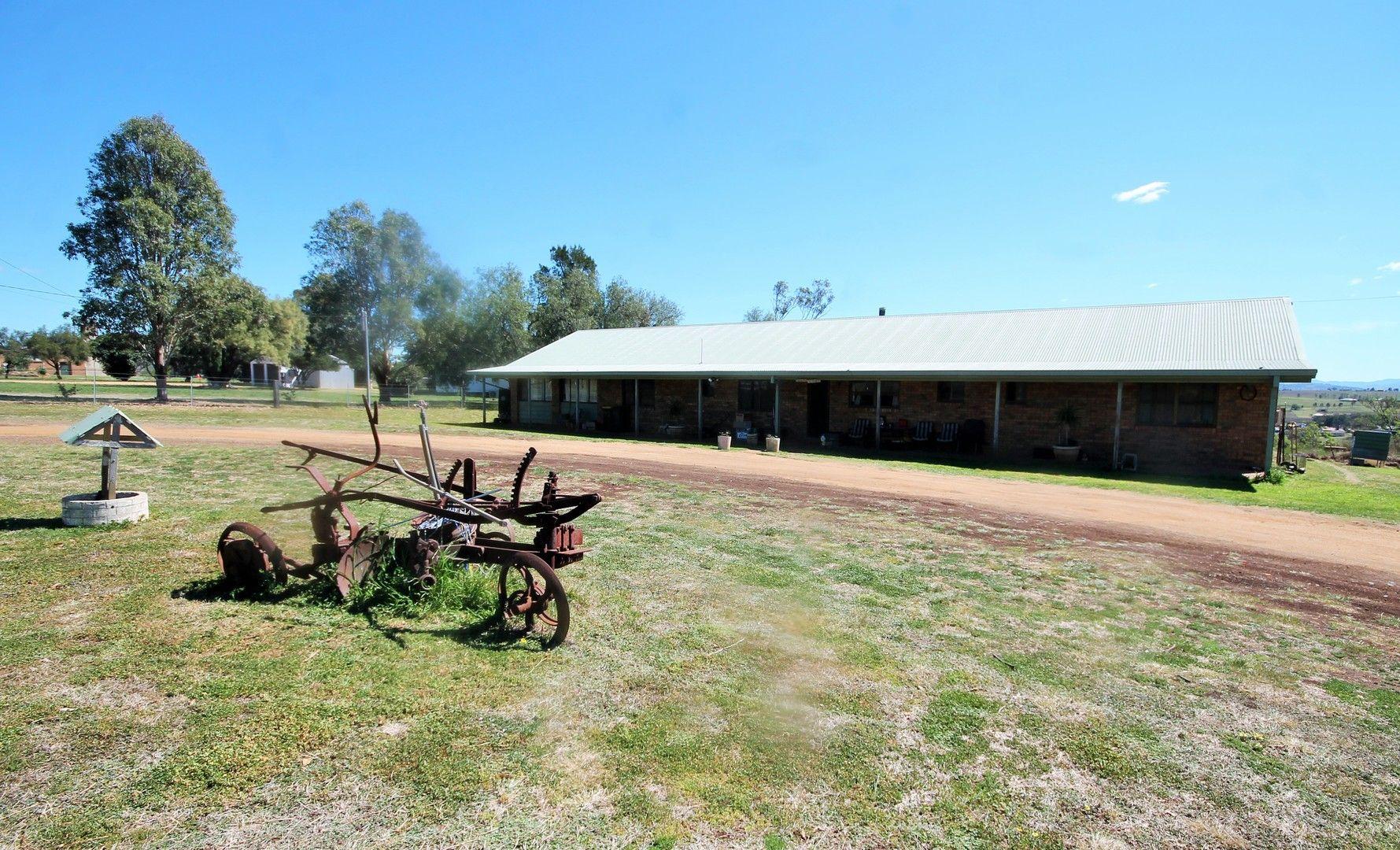 38 HALL ROAD, Merriwa NSW 2329, Image 0