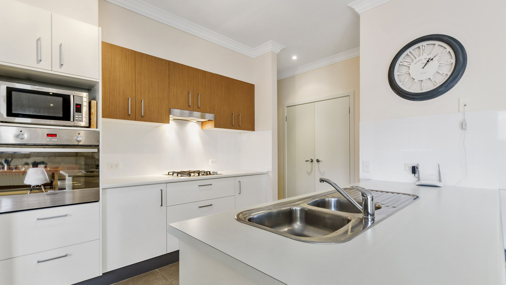 37 West Parade, Hill Top NSW 2575, Image 1