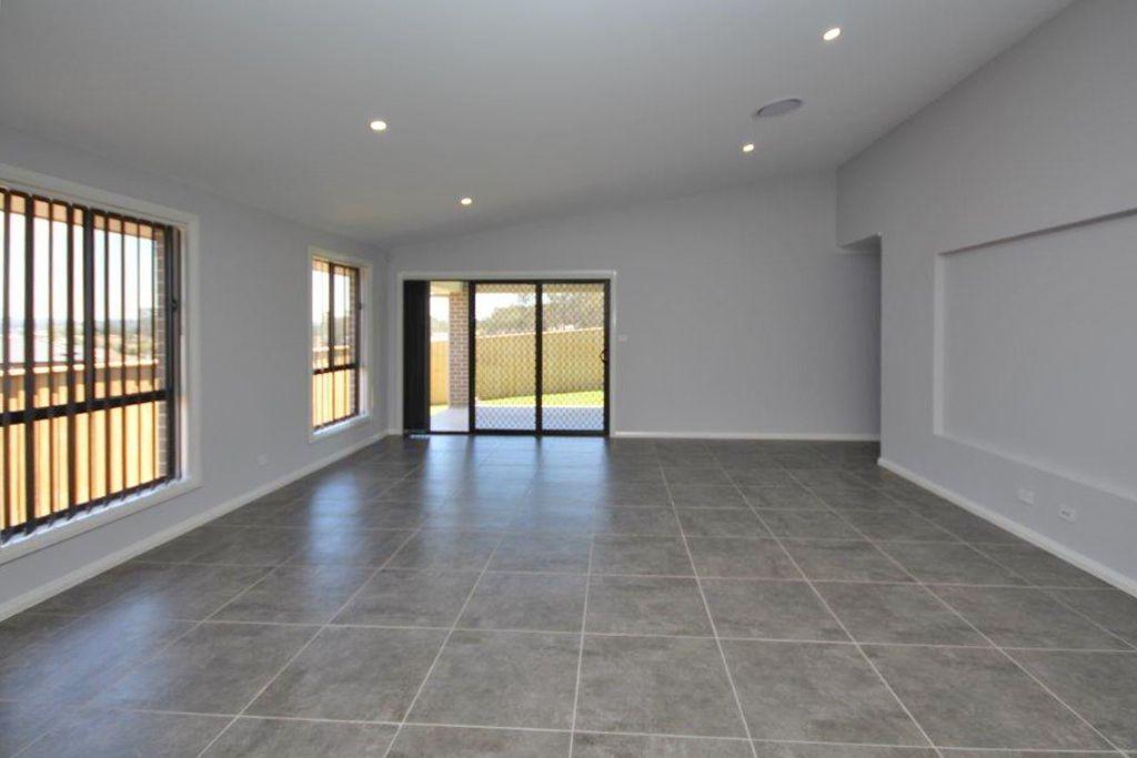 Lot 538/(25) Clowes Street, Elderslie NSW 2570, Image 2