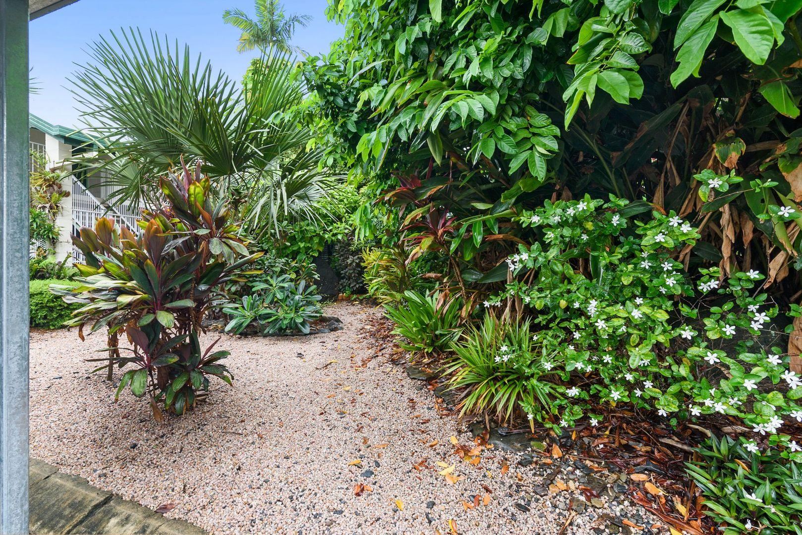 9/6 McPherson Close, Edge Hill QLD 4870, Image 1