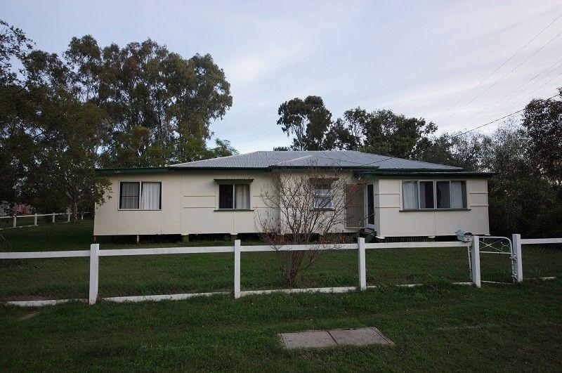 15 Tyrrell Street, Oakey QLD 4401, Image 0