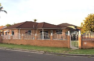 Picture of 8 Loscoe Street, Fairfield NSW 2165