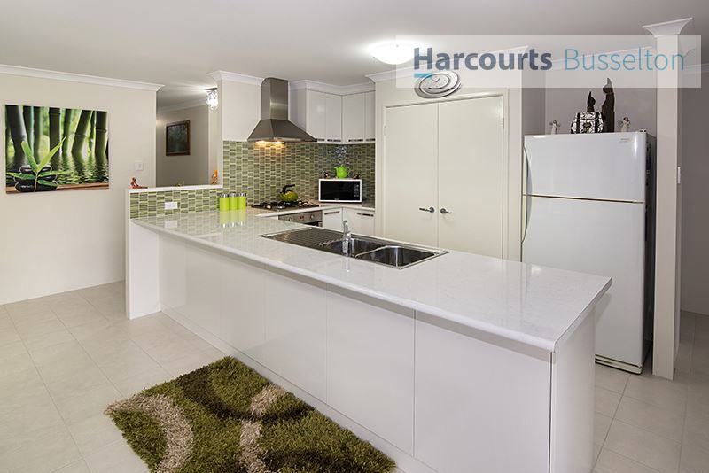 7 Chaytor View, West Busselton WA 6280, Image 1