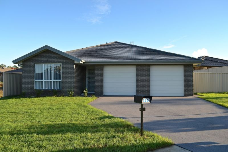 124B Colorado Drive, Blue Haven NSW 2262, Image 0