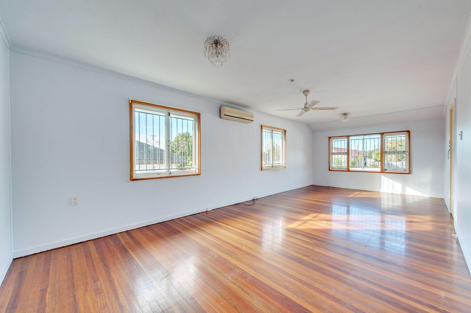 4 Nuthatch Street, Inala QLD 4077, Image 2