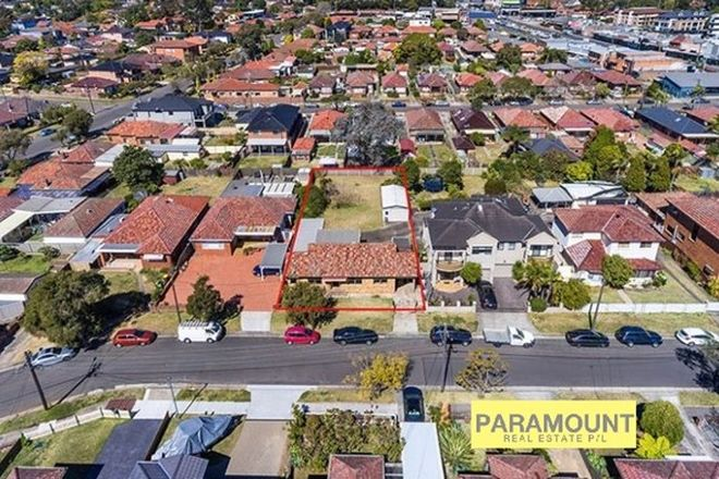 Picture of 5 FREDERICK AVENUE, BEVERLY HILLS NSW 2209