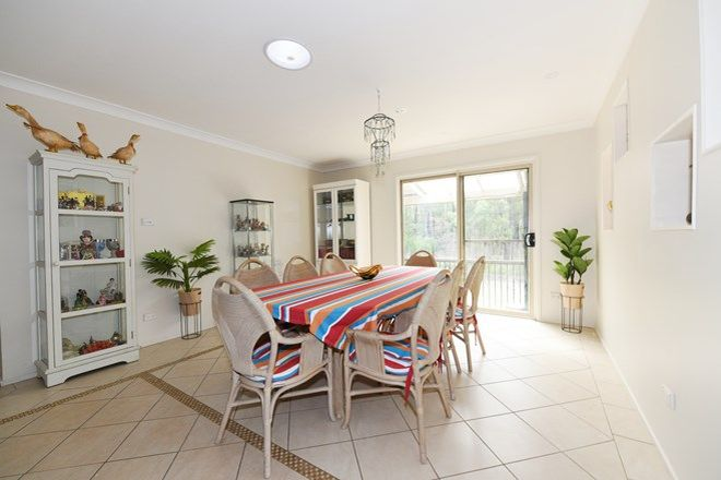 Picture of 19 Suncrest Avenue, SUSSEX INLET NSW 2540