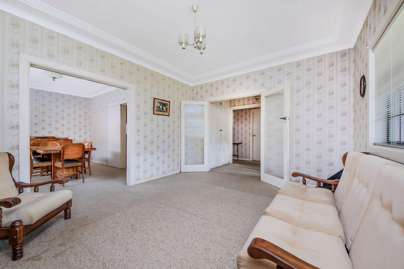 118 Hurstville Road, Hurstville Grove NSW 2220, Image 2