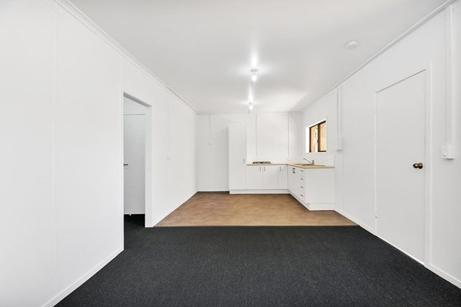 Picture of 2/19 Parker Street, MAROOCHYDORE QLD 4558