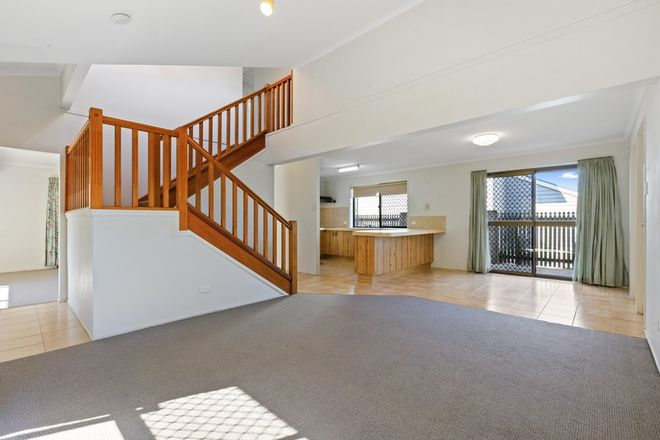 Picture of 12 Whites Street, MANLY WEST QLD 4179