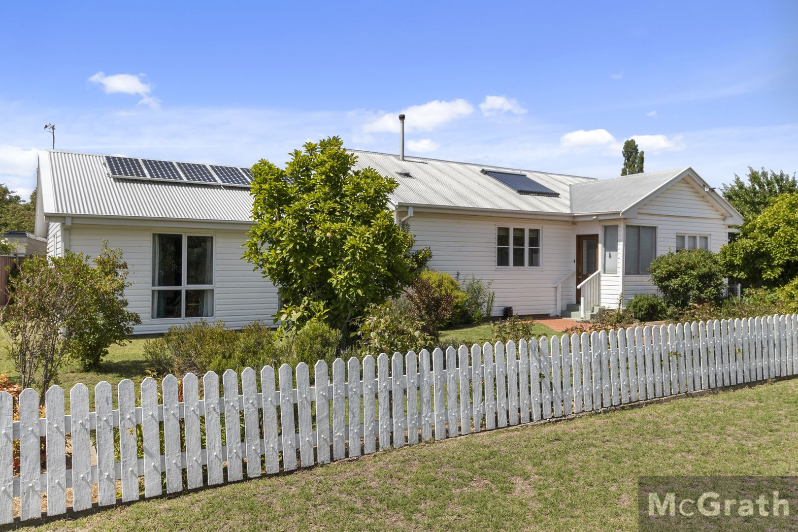 16 Bent Street, Cooma NSW 2630, Image 0