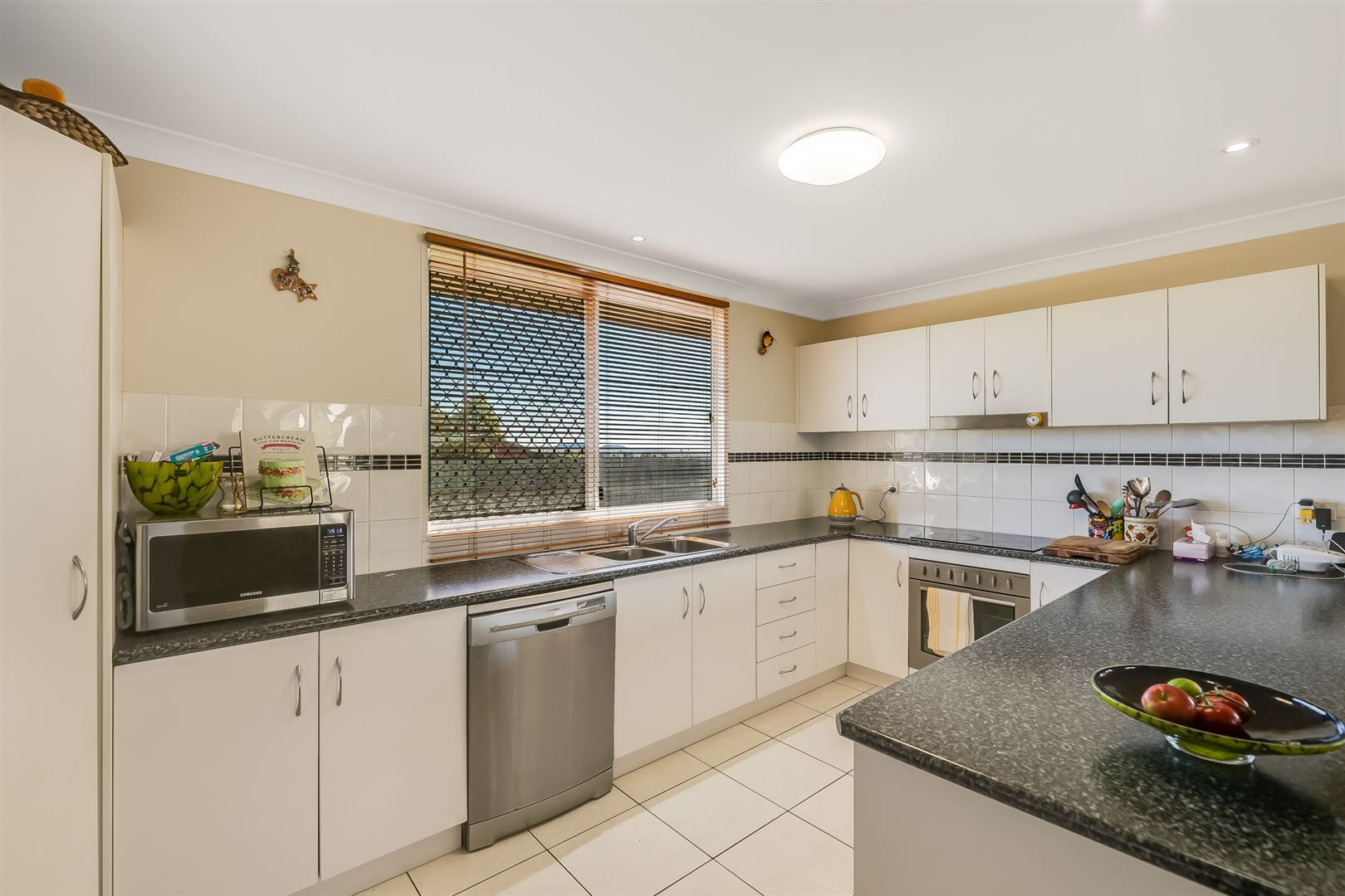 15 Campbell Drive, Highfields QLD 4352, Image 1