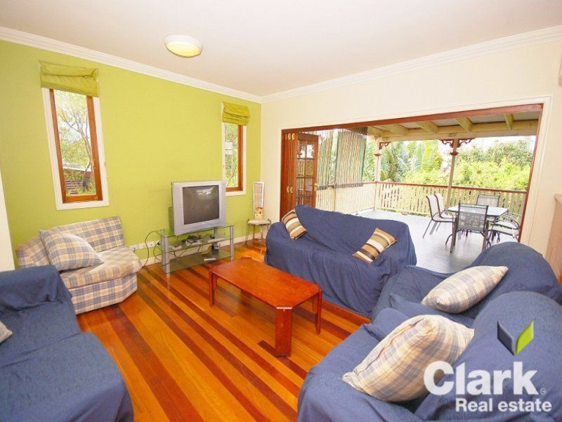 Room A/12 Heaslop Street, Woolloongabba QLD 4102, Image 2