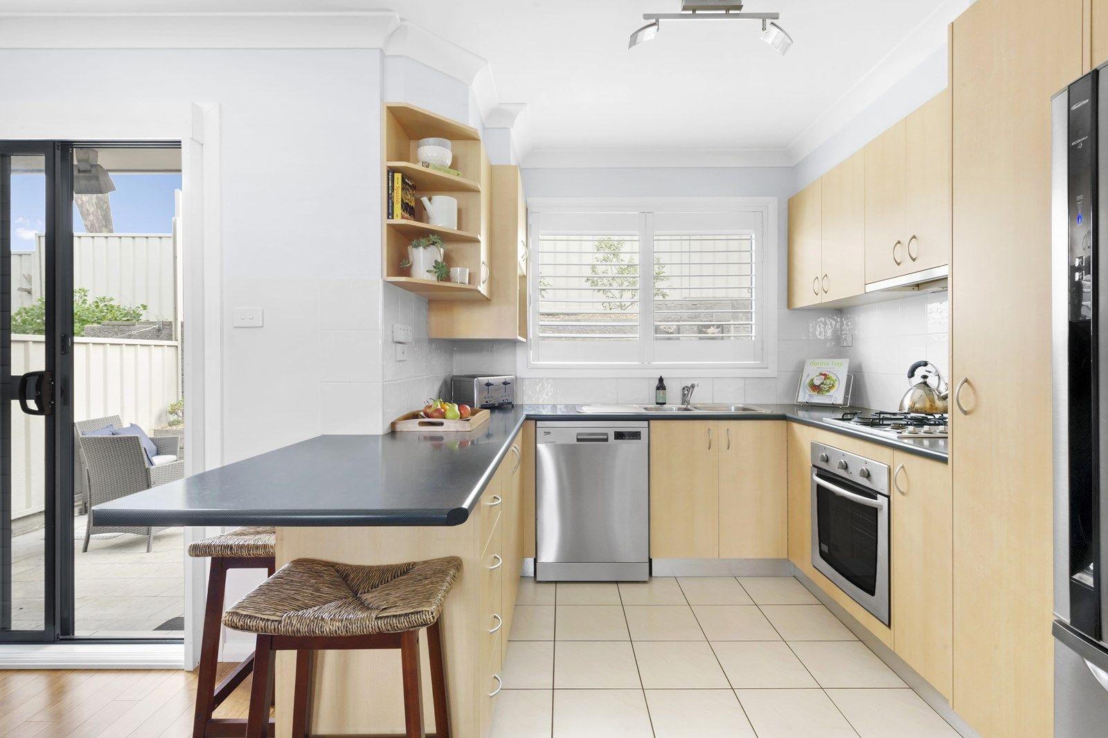 8/17-19 Robertson Street, Coniston NSW 2500, Image 1