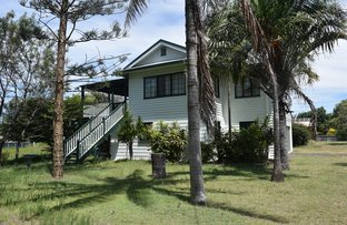 17 Powers St, Burnett Heads QLD 4670