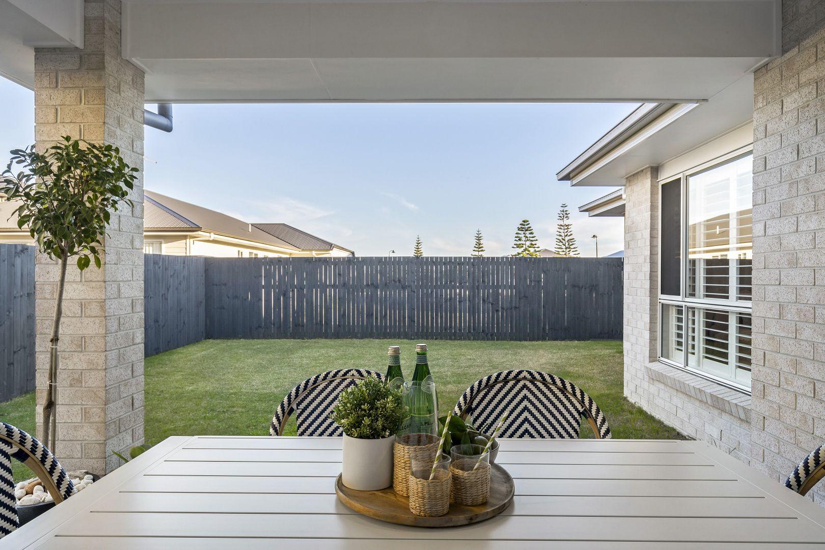 33 Tiffany Street, Newport QLD 4020, Image 2