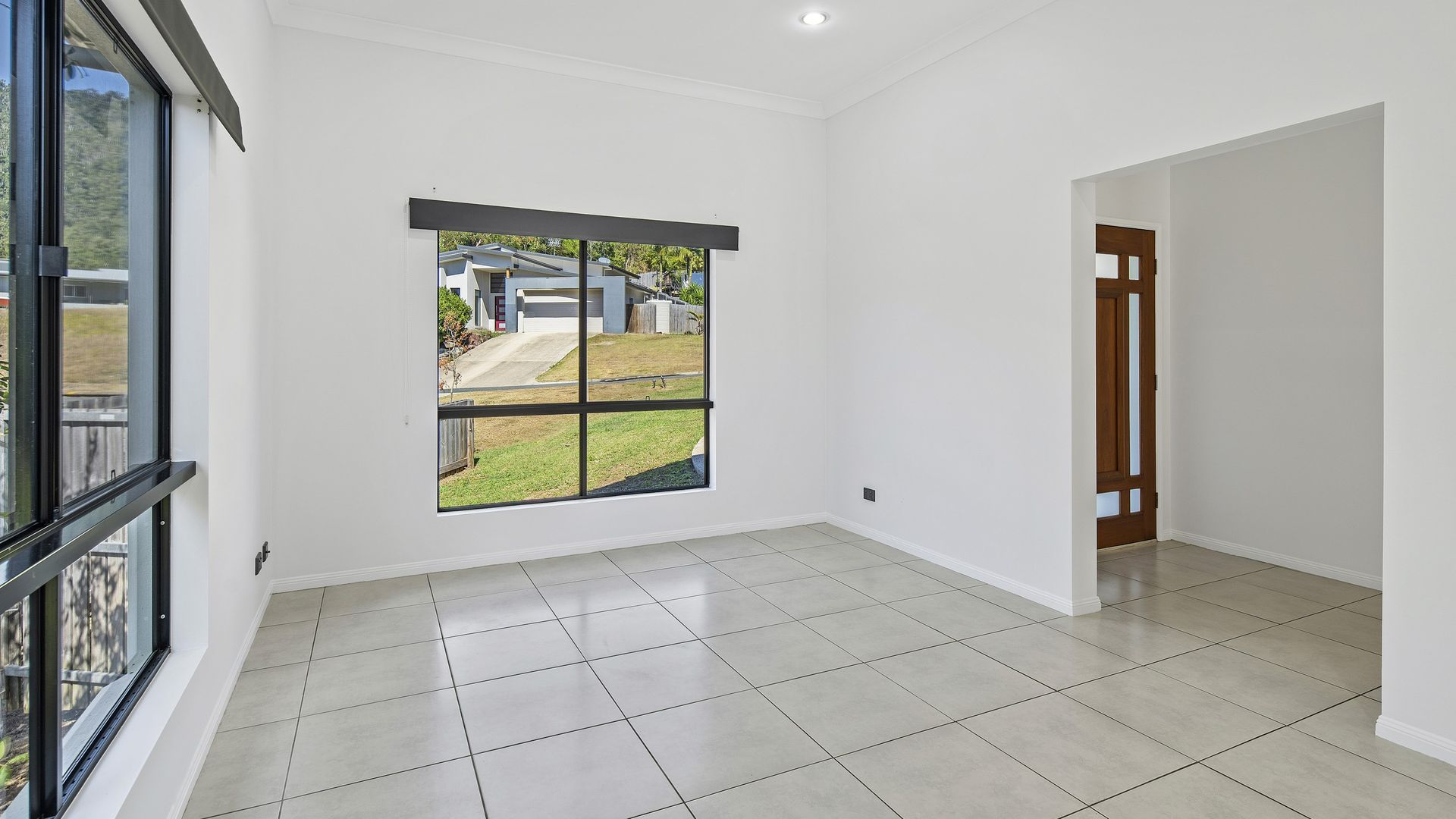 11 Armada Crescent, Jubilee Pocket QLD 4802, Image 2