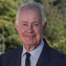 Mike Wiltshire, Sales representative