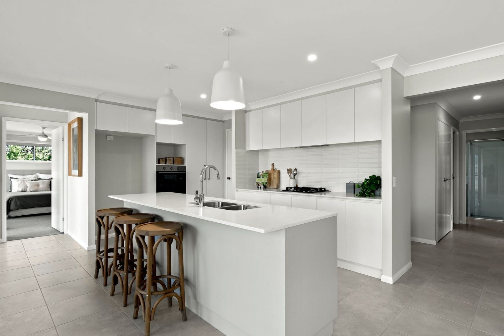 43 Hoey Street, Kearneys Spring QLD 4350, Image 1