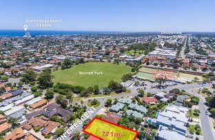Picture of 34 Shearn Crescent, Doubleview WA 6018