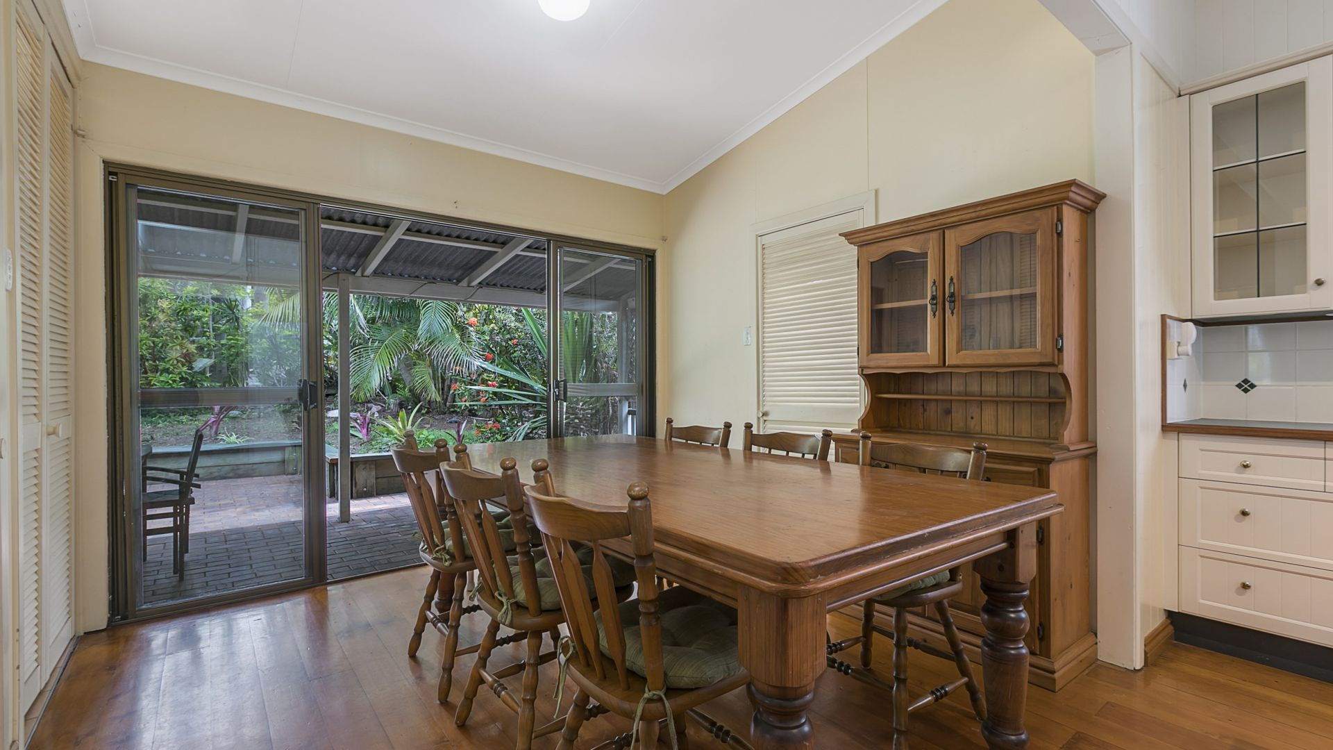 24 Noble Street, Camp Hill QLD 4152, Image 2