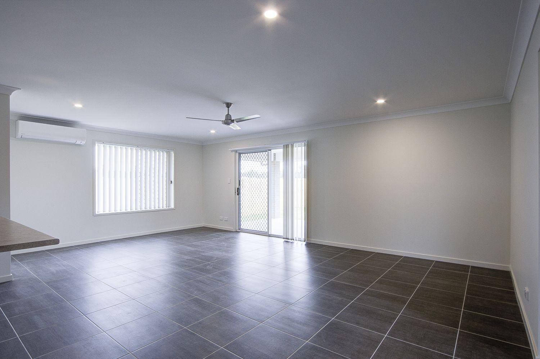 28 Azure Street, Rosewood QLD 4340, Image 2