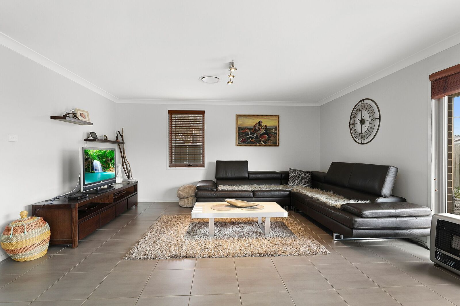 76 Diamond Hill Circuit, Edmondson Park NSW 2174, Image 2