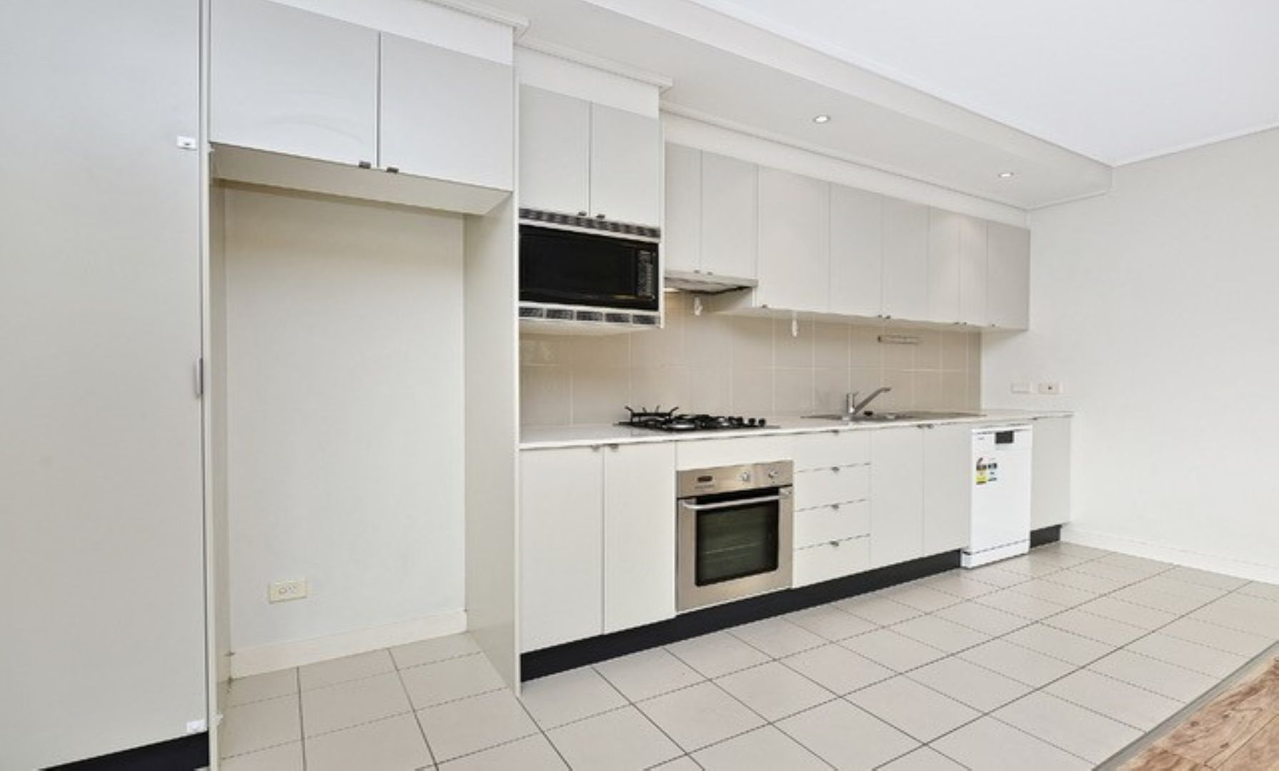 229/25 Bennelong Parkway  Road, Wentworth Point NSW 2127, Image 2