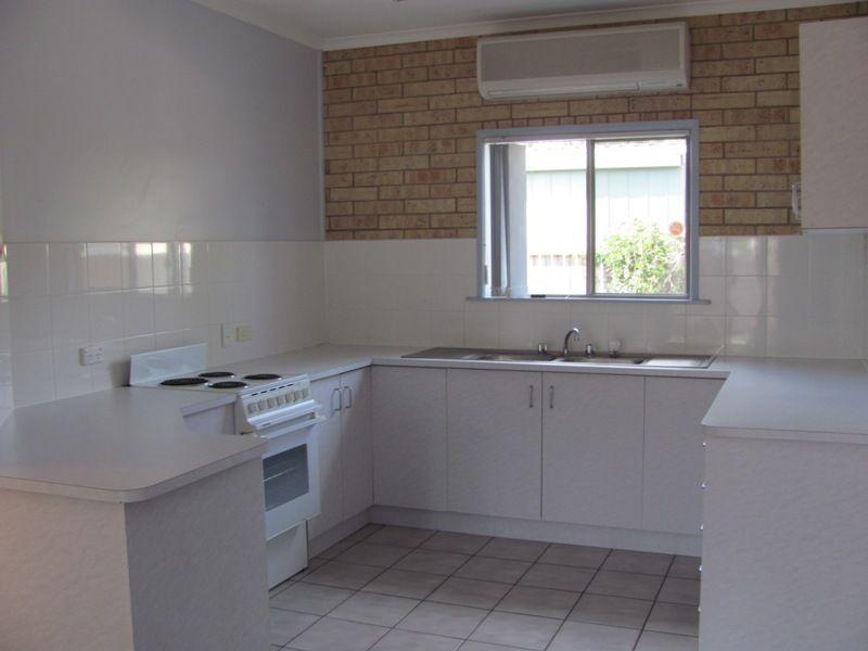 2/10 Kent Street, Bororen QLD 4678, Image 1