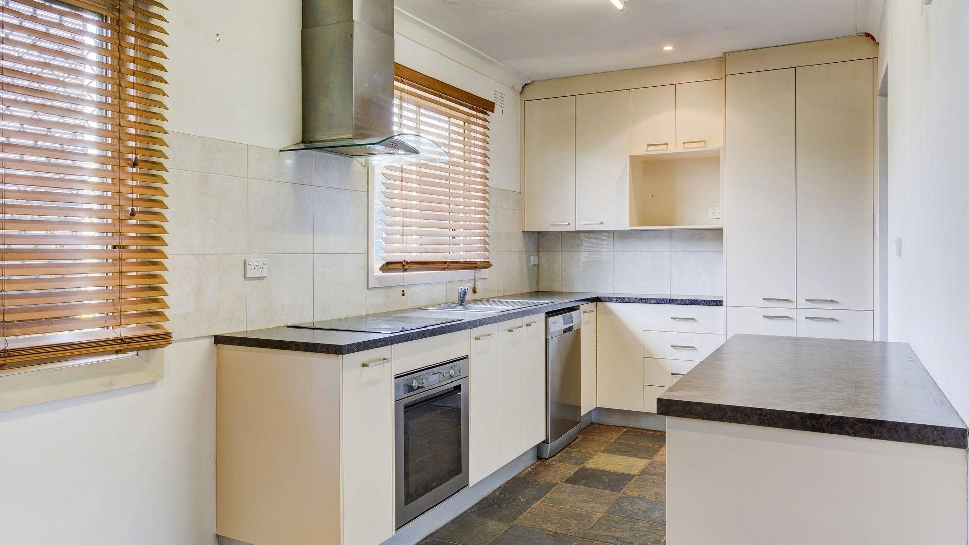 517 Breen St, Lavington NSW 2641, Image 2