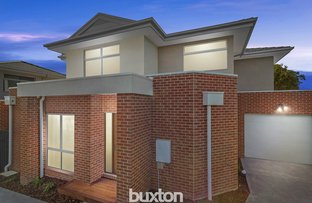 Picture of 2/8 Farleigh Avenue, Burwood VIC 3125