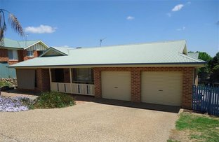 4 Kincora Pl, Bourkelands NSW 2650