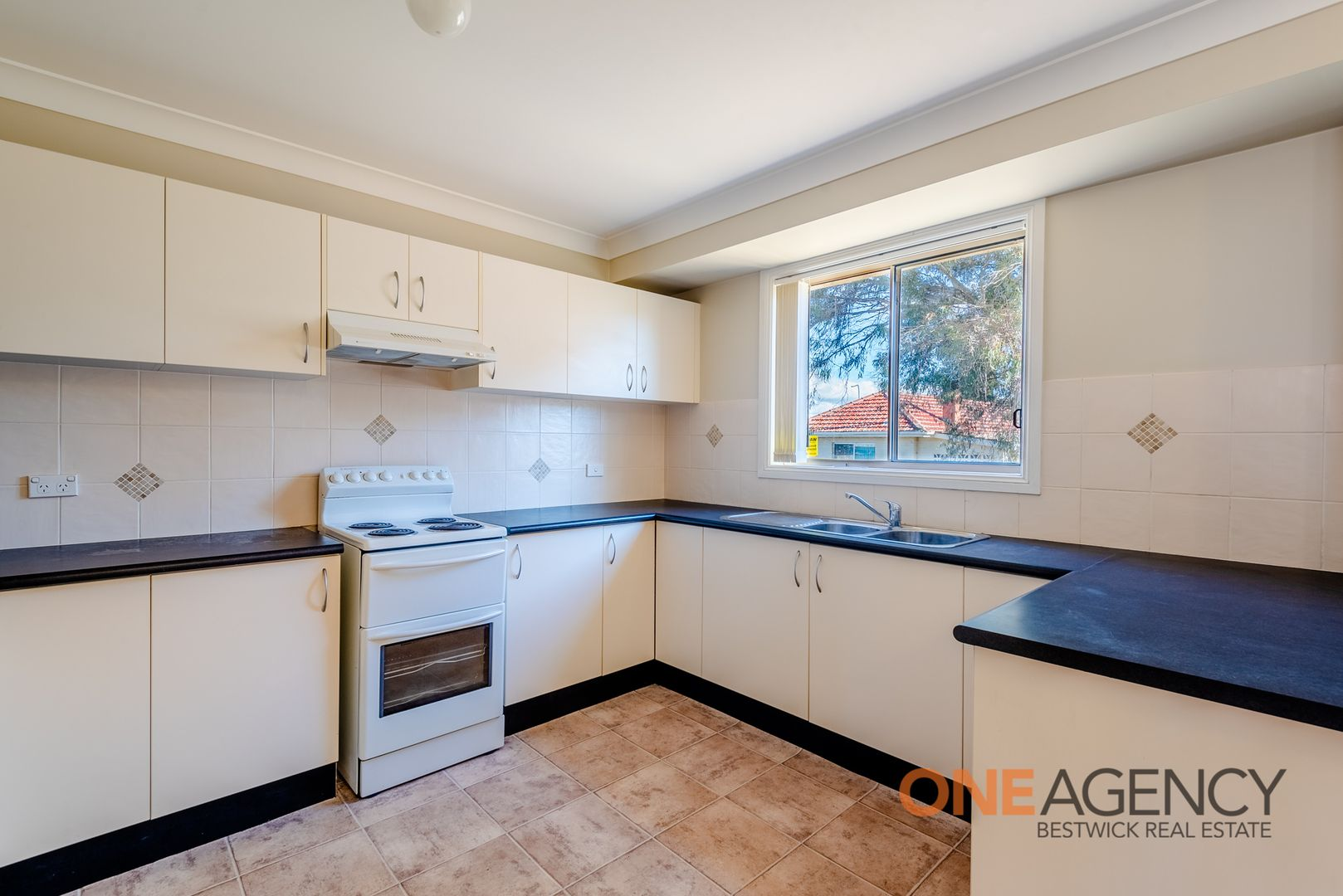 12 Spofforth Place, Kelso NSW 2795, Image 2