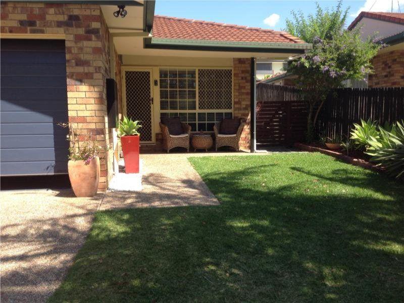 2/27 Nakina Street, Southport QLD 4215, Image 1