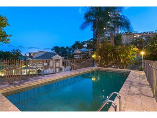 6/11 Kings Road, Taringa QLD 4068, Image 2