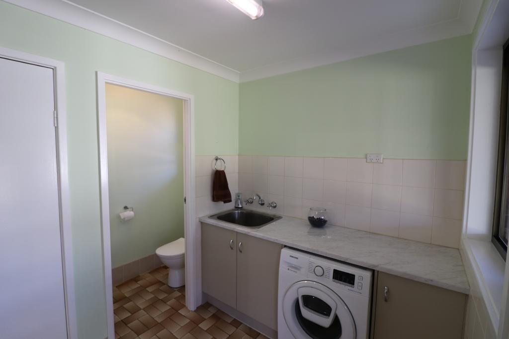11 Acacia Drive, Muswellbrook NSW 2333, Image 2