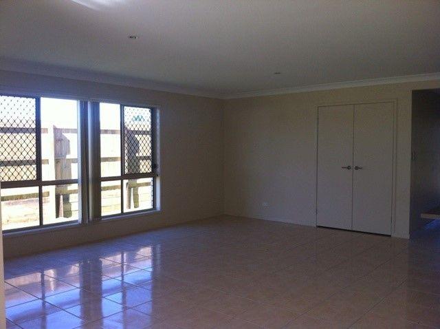 House 28/12 Walnut Cres, Lowood QLD 4311, Image 2