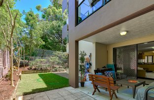 Picture of 2/42 Hilltop Avenue, Chermside QLD 4032