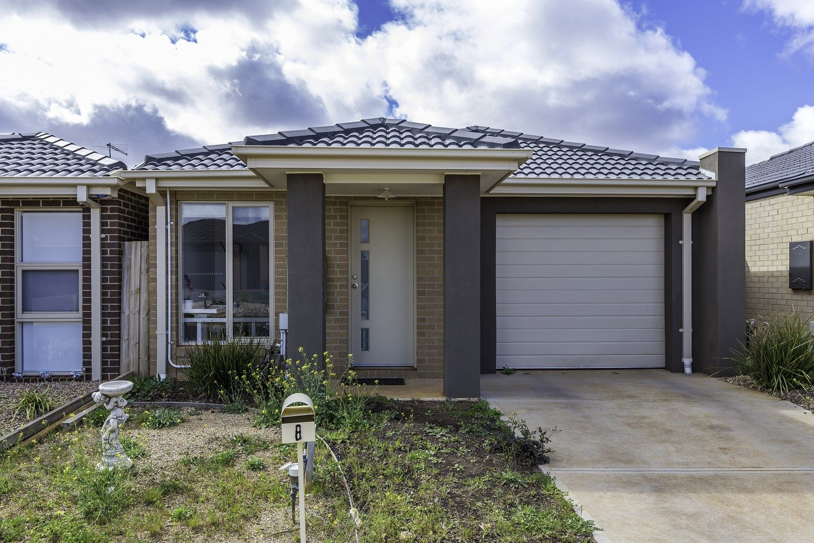 8 Harper Street, Melton South VIC 3338, Image 0