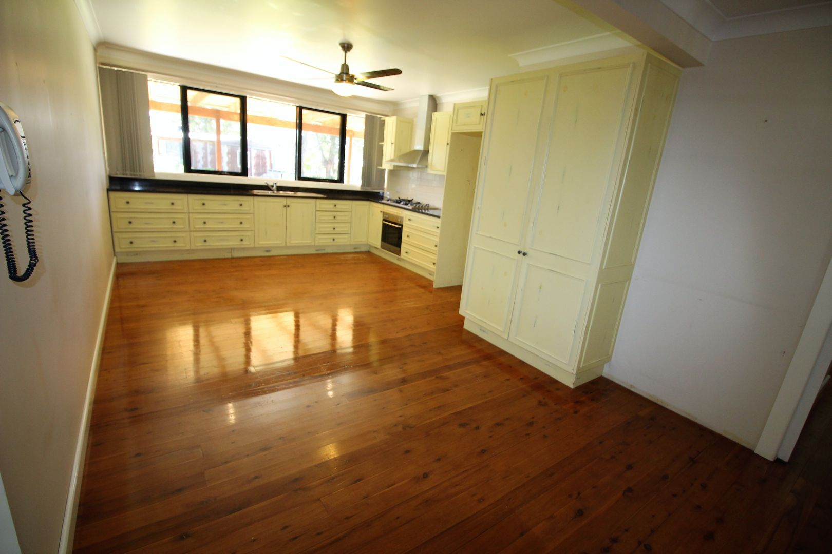 754 Londonderry Rd (Rear Home), Londonderry NSW 2753, Image 2