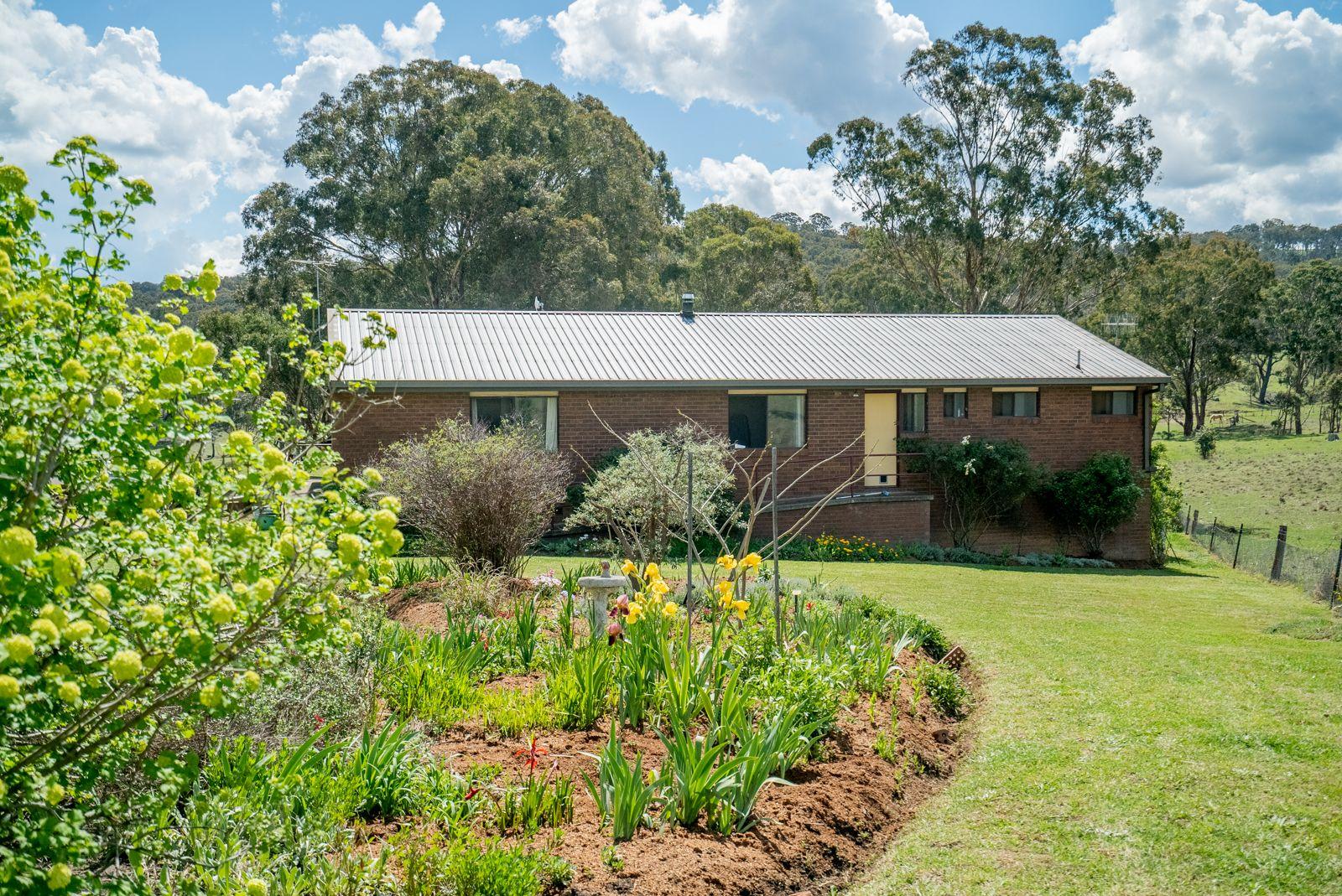 70 Edward Drive, Armidale NSW 2350, Image 1