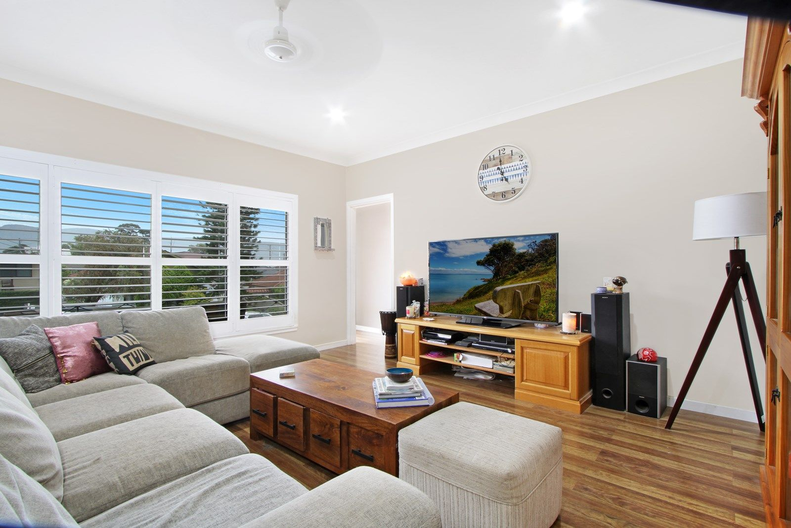 15 Burrell Crescent, Dapto NSW 2530, Image 2