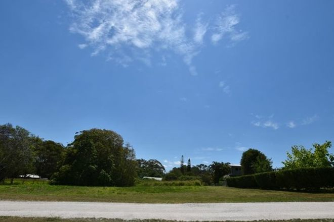 Picture of 23 Boeing Ridge Rd, RUSSELL ISLAND QLD 4184