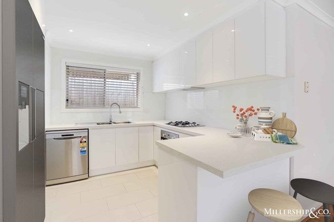 Picture of 8 Warbler Walk, SOUTH MORANG VIC 3752