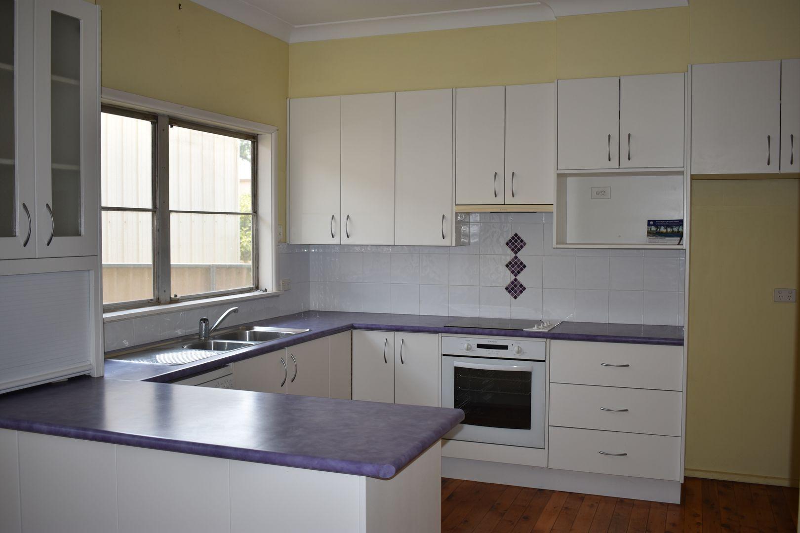 28 Weston Street, Parkes NSW 2870, Image 1