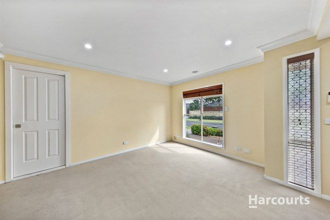 Picture of 1 Roseberry Avenue, CAIRNLEA VIC 3023