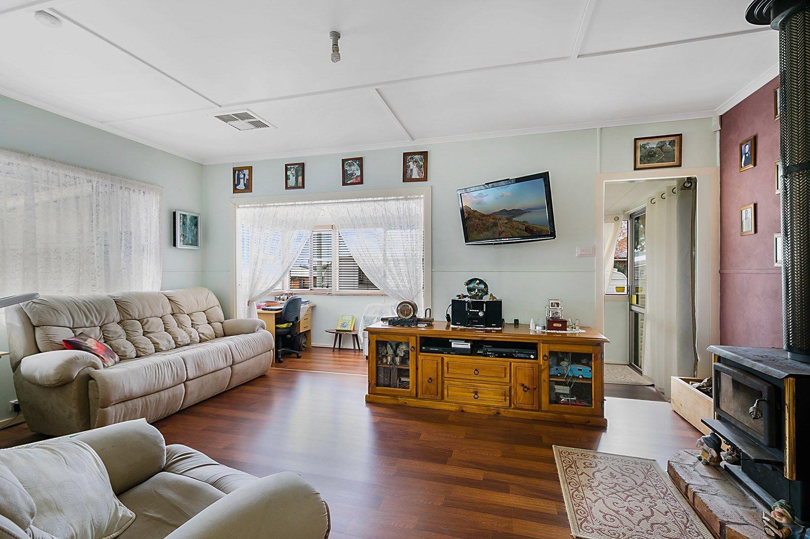 15 Leawarra Street, Wilsonton QLD 4350, Image 1