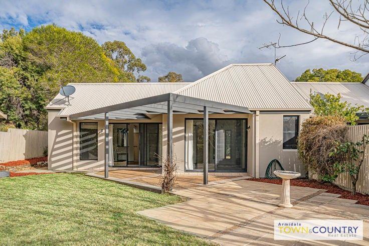 18 Nathanial Pidgeon Drive, Armidale NSW 2350, Image 1