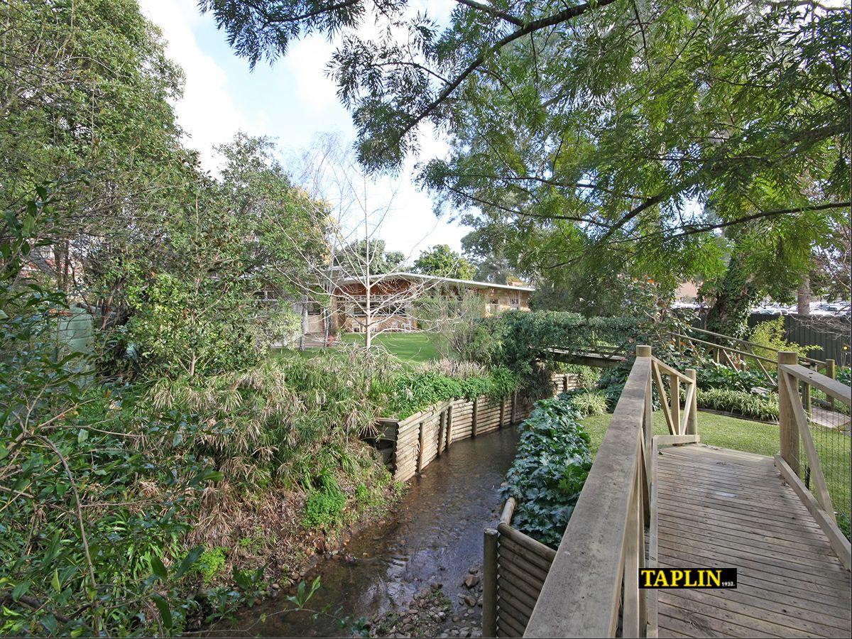 12 Newark Road, Torrens Park SA 5062, Image 2